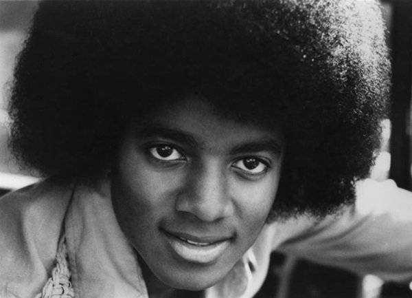 Как изменялось лицо Майкла Джексона на протяжении многих лет 65